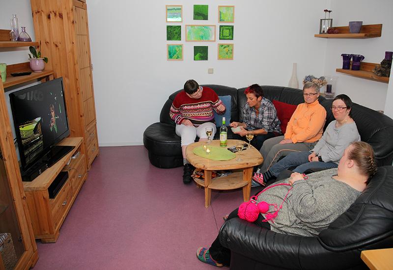 16 Wohnplätze für Menschen die generationsübergreifend miteinander leben